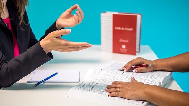 איך לבחור עורך דין לענייני דיני עבודה